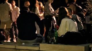 Βασιλακόπουλος: Προτιμότερη η διασκέδαση στα μπαρ με μέτρα, παρά ο συνωστισμός στις πλατείες
