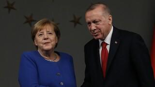 Πράσινοι κατά Μέρκελ: Σταματήστε να δίνετε όπλα στην Τουρκία