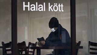 Σουηδία - κορωνοϊός: Η κυβέρνηση λέει στους ηλικιωμένους να σταματήσουν την απομόνωση