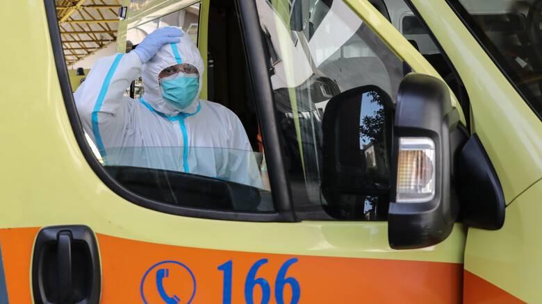 Κορωνοϊός: Μάσκες παντού και απαγόρευση κυκλοφορίας - Σε ποιες περιοχές ισχύουν τα νέα μέτρα