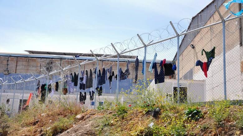 Κορωνοϊός: Συναγερμός στο ΚΥΤ της Χίου - 47 θετικά κρούσματα