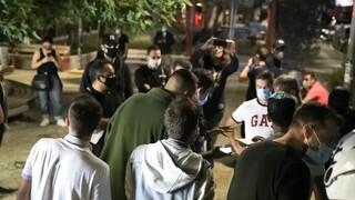 Κορωνοϊός: «Καμπανάκι» από τους ειδικούς - Οι νέοι μολύνονται δύο φορές πιο εύκολα