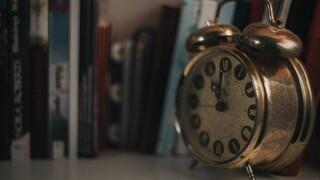 Αλλαγή ώρας: Την Κυριακή γυρνάμε τους δείκτες των ρολογιών