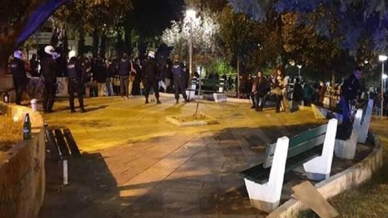 Κορωνοϊός: Συνωστισμός στο κέντρο της Θεσσαλονίκης - Επέμβαση της ΕΛ.ΑΣ.