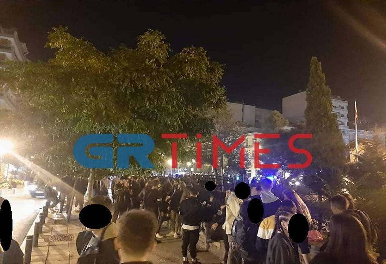 https://cdn.cnngreece.gr/media/news/2020/10/24/239746/photos/snapshot/thess1.jpg