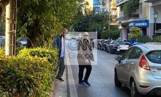 Καρέ - καρέ η πρώτη μέρα εφαρμογής των νέων μέτρων στην Αθήνα - Και χωρίς μάσκες