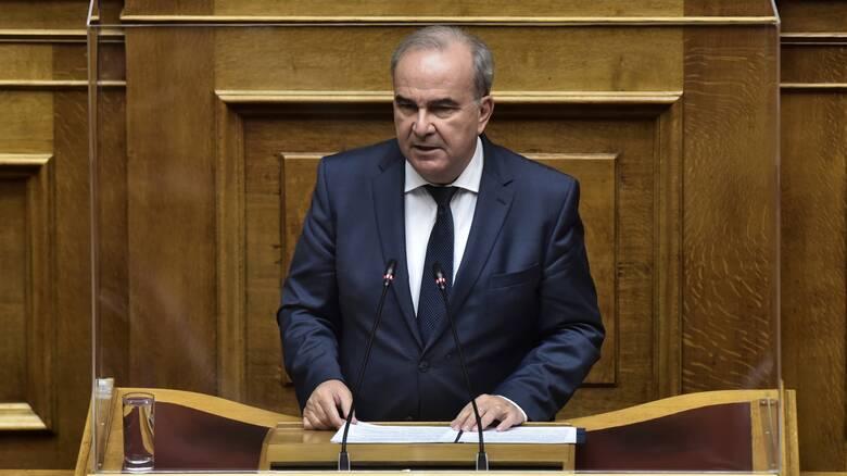 Παπαθανάσης: Υπάρχουν περιπτώσεις που δεν έχουν λάβει τα 534 ευρώ, το αντιμετωπίζουμε