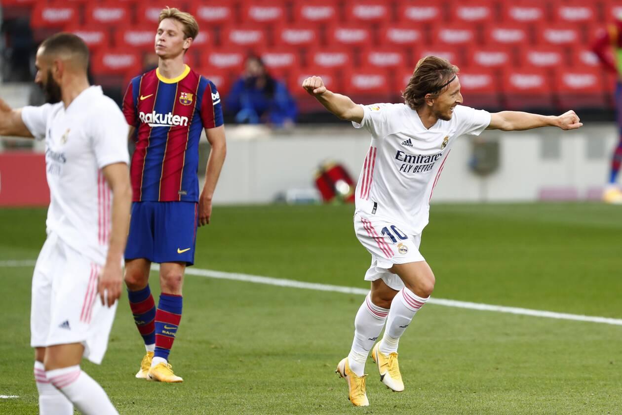 https://cdn.cnngreece.gr/media/news/2020/10/24/239808/photos/snapshot/real-barcelona-5.jpg