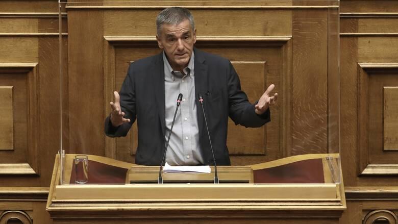 Τσακαλώτος για πρόταση δυσπιστίας: Η κυβέρνηση χτυπάει τον πυρήνα της δημοκρατίας