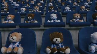 Μήνυμα της Χέρενφεν κατά του παιδικού καρκίνου: Γέμισαν τις κερκίδες με 15.000 αρκουδάκια
