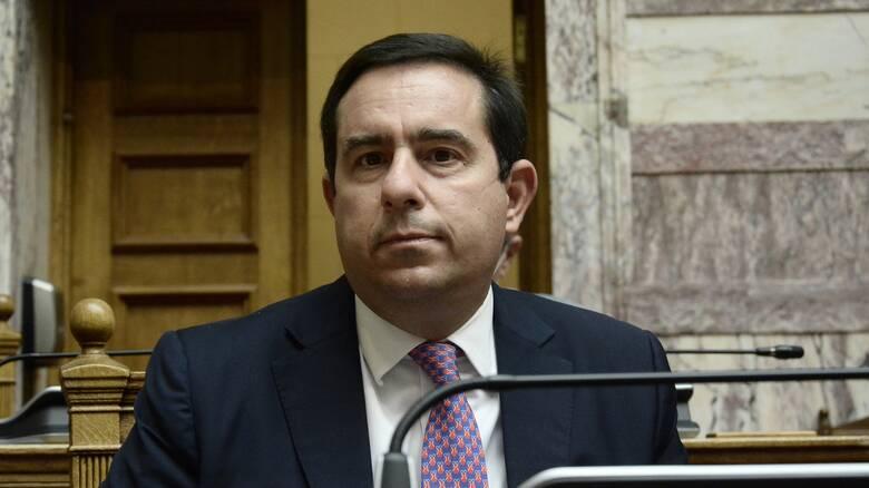 Αποκρούει ο Μηταράκης τις κατηγορίες περί χορήγησης 1,2 εκατ. ευρώ σε ΜΚΟ χωρίς εμπειρία