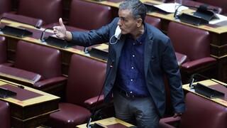 Πρόταση μομφής – Τσακαλώτος: Επί ΣΥΡΙΖΑ έγιναν πλειστηριασμοί αλλά όχι πρώτης κατοικίας