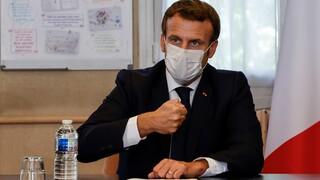 Το Παρίσι καλεί να σταματήσουν οι εκκλήσεις για μποϊκοτάζ