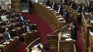 Πρόταση μομφής: Η «ακτινογραφία» της σύγκρουσης στη Βουλή - Ποια «μέτωπα» άνοιξαν