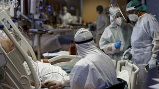 Κορωνοϊός – Ιταλία: Κρίσιμη η κατάσταση στα νοσοκομεία – Δεκάδες χιλιάδες νέα κρούσματα