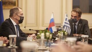 Επίσκεψη Λαβρόφ στην Αθήνα: Συμβολισμοί και μηνύματα με φόντο την Ανατολική Μεσόγειο