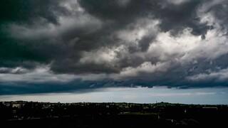 Κακοκαιρία «Κίρκη»: Έρχεται με καταιγίδες, θυελλώδεις ανέμους και μεταφορά σκόνης