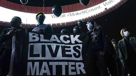 Η πολιτική Τραμπ και Μπάιντεν απέναντι στο κίνημα Black Lives Matter