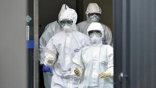 Οι γιατροί και φοιτητές που διατάχθηκαν να υπηρετήσουν στο σύστημα υγείας της Ν. Κορέας