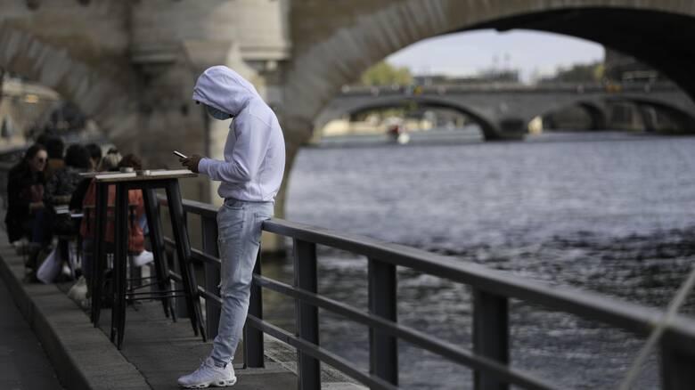 Κορωνοϊός: Η Γαλλία προετοιμάζεται για lockdown - Ανακοινώσεις Μακρόν τις επόμενες ώρες