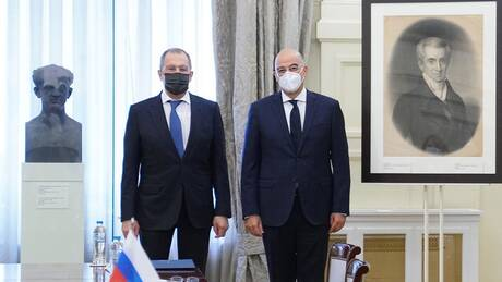 Επίσκεψη Λαβρόφ: Ισορροπίες στο τρίγωνο Μόσχας - Αθήνας - Άγκυρας