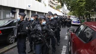 Νέος συναγερμός στη Γαλλία: Άνδρας επιτέθηκε σε αστυνομικούς - Φώναζε Αλλάχου Άκμπαρ