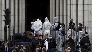 Τρόμος στη Γαλλία: Στο πλευρό της χώρας οι ηγέτες της Ευρώπης