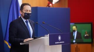 Πέτσας: Κύριε Τσίπρα επικροτείτε την επίθεση που δέχεται από το κόμμα σας ο κ. Τσιόδρας;