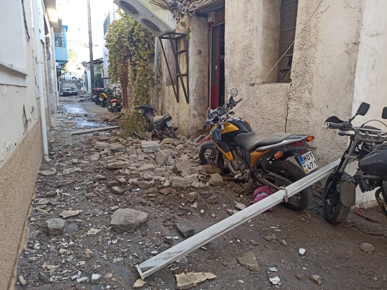https://cdn.cnngreece.gr/media/news/2020/10/30/240650/photos/snapshot/seismos-samos-5.jpg