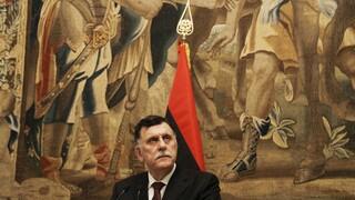 Λιβύη: Τα «γυρνάει» ο Σάρατζ - Δεν παραιτείται τελικά