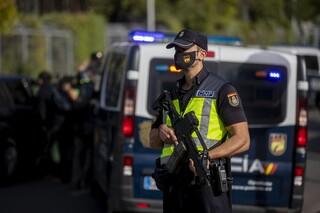 Βαρκελώνη: Συνελήφθη Μαροκινός που εγκωμίαζε τον αποκεφαλισμό του καθηγητή στο Παρίσι