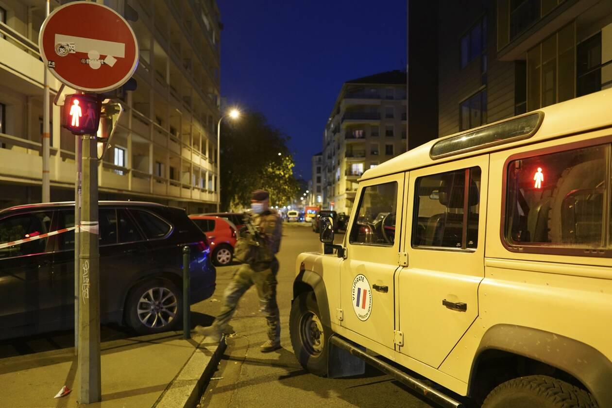 https://cdn.cnngreece.gr/media/news/2020/10/31/240815/photos/snapshot/Lyon-AP_20305630238738.jpg