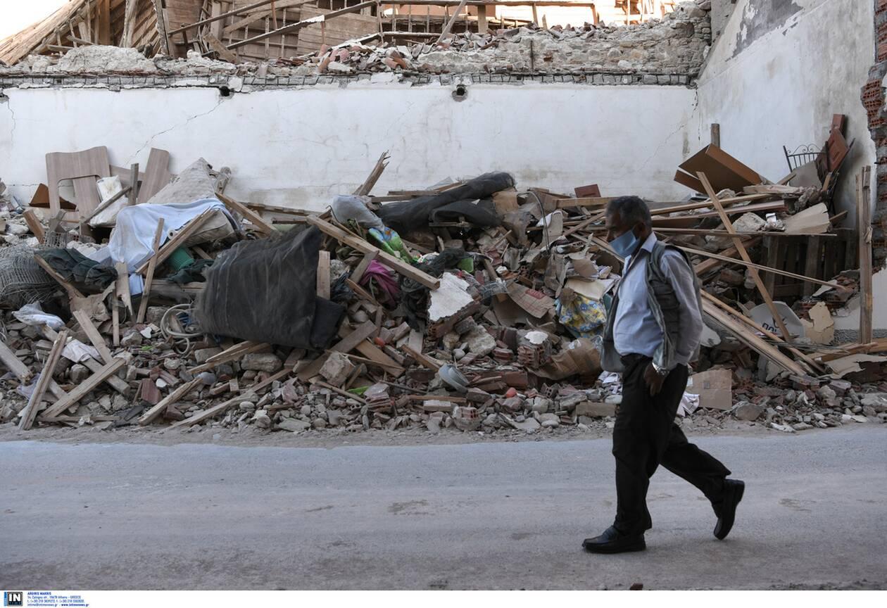 https://cdn.cnngreece.gr/media/news/2020/11/01/240865/photos/snapshot/samos_seismos-5.jpg