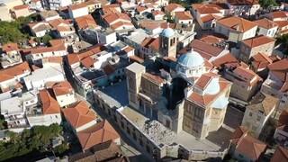Σεισμός Σάμος - Συγκλονιστικές εικόνες: Η καταστροφή εκκλησίας στο Καρλόβασι από ψηλά