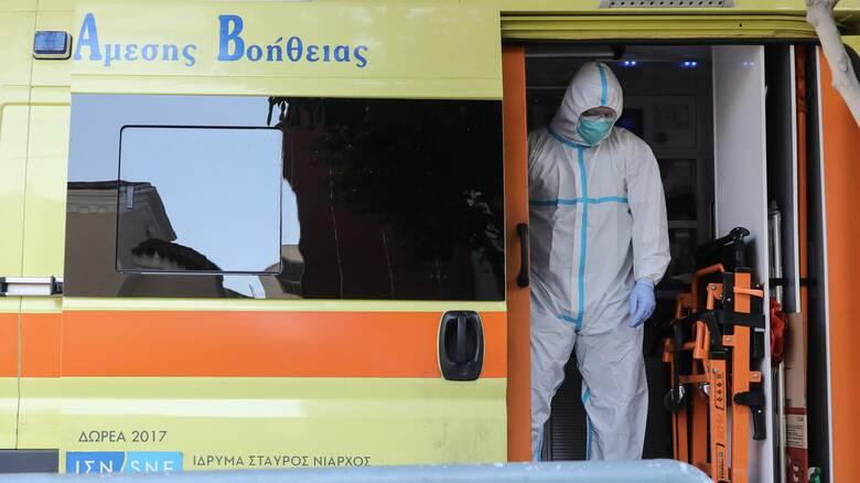 Κορωνοϊός σε γηροκομείο στα Ιωάννινα: Παρέμβαση εισαγγελέα ζητά ο διοικητής της ΥΠΕ