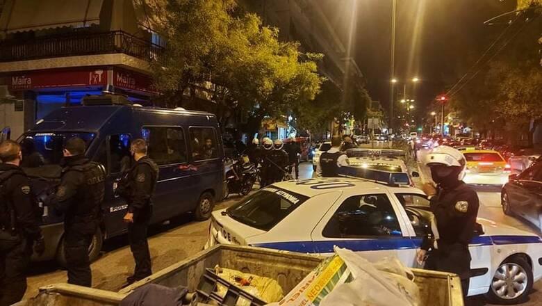 Ένταση στο Γαλάτσι - 14 προσαγωγές μετά από επεισόδια μεταξύ αντιεξουσιαστών και αστυνομίας