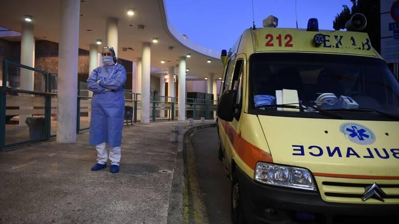 Κορωνοϊός: Συναγερμός στη Θεσσαλονίκη με 449 κρούσματα - Σταθερά ψηλά η Αττική