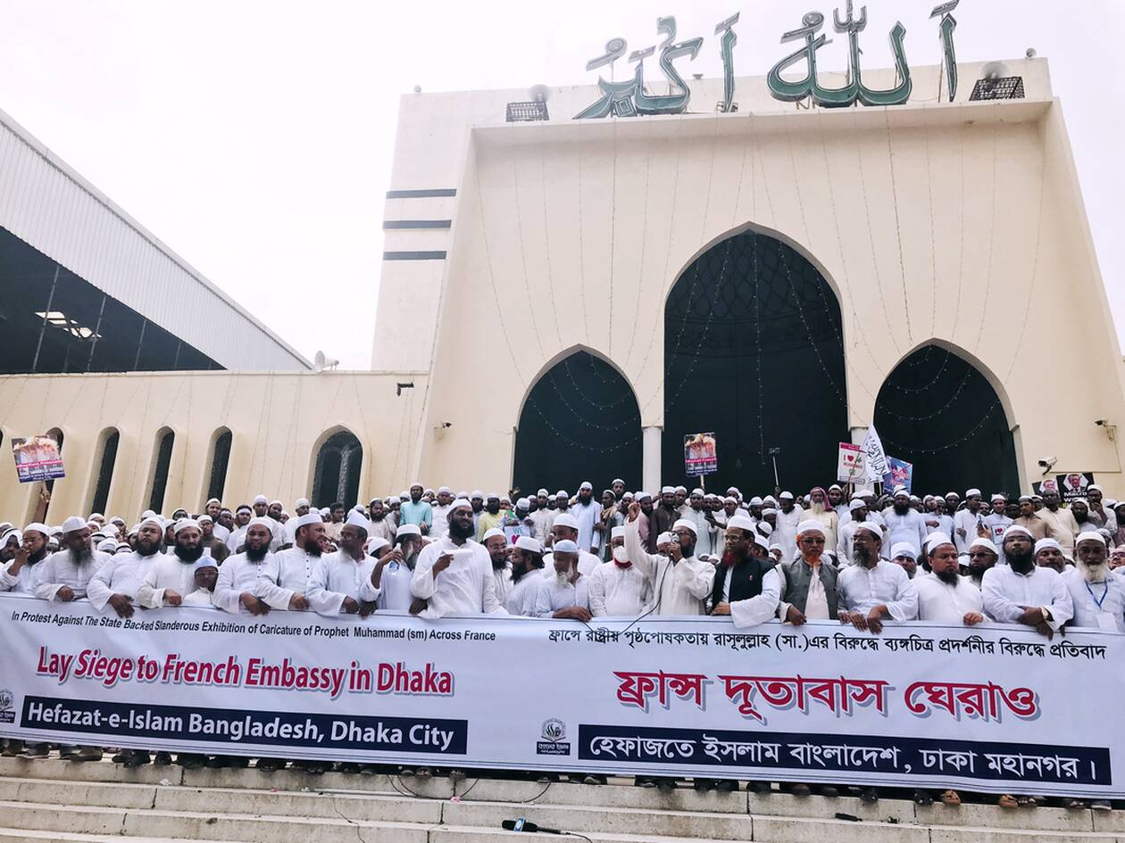 https://cdn.cnngreece.gr/media/news/2020/11/02/241006/photos/snapshot/Dhaka_diadiloseis-4.jpg