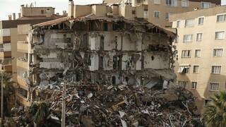 Τουρκία: Συγκλονιστικά πλάνα από drone μετά τον καταστροφικό σεισμό στη Σμύρνη