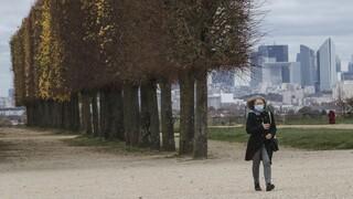 Κορωνοϊός – Γαλλία: Κάθε 30 δευτερόλεπτα ένας Παριζιάνος μολύνεται