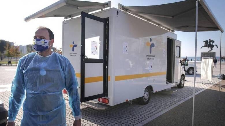 Κορoνοϊός: «Καμπανάκι» Βατόπουλου - Θα συνεχίσουμε να βλέπουμε υψηλούς αριθμούς κρουσμάτων