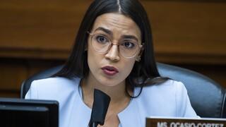Εκλογές ΗΠΑ: Επανεξελέγη στη Βουλή των Αντιπροσώπων η Αλεξάντρια Οκάζιο - Κόρτες