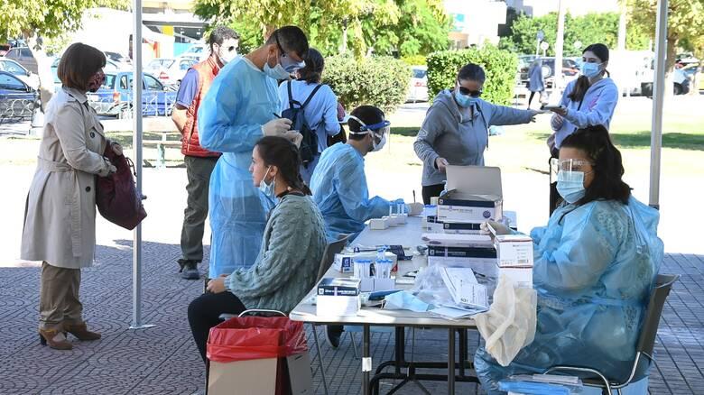 Κορωνοϊός: Σοκάρουν οι αριθμοί - 2.646 νέα κρούσματα, 179διασωληνωμένοι, 18νεκροί