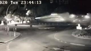 Σοκαριστικό τροχαίο: Αυτοκίνητο πέταξε και προσγειώθηκε σε τοίχο