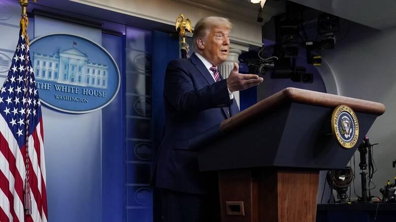 Εκλογές ΗΠΑ: Ο Τραμπ κατήγγειλε νοθεία - Τα αμερικανικά δίκτυα διέκοψαν τις δηλώσεις του