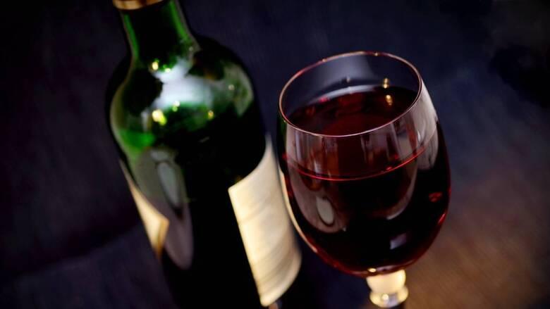 Κορωνοϊός: Σε χαμηλά επίπεδα πενταετίας η παραγωγή κρασιού στην Ελλάδα λόγω πανδημίας