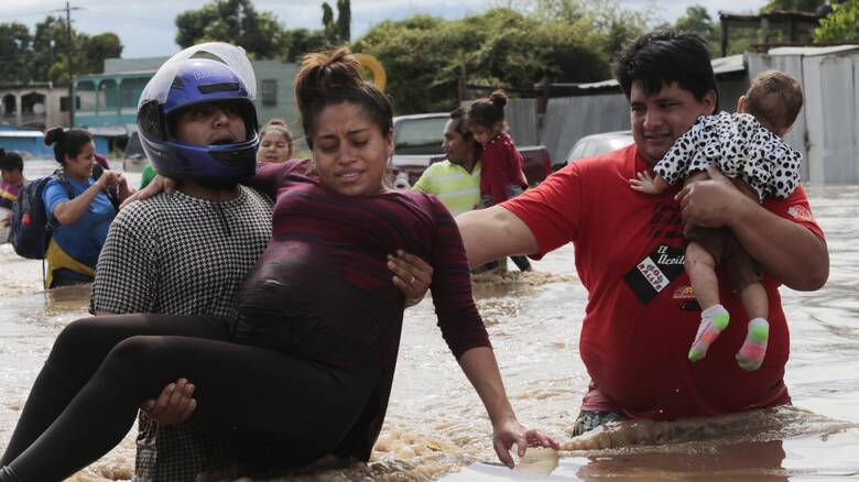 Κυκλώνας Ήτα: Φονικό το πέρασμά του από την κεντρική Αμερική - Δεκάδες οι νεκροί