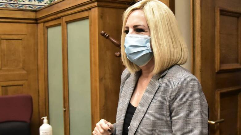 Γεννηματά: Με ευθύνη της κυβέρνησης άνοιξε ξανά η πόρτα στον ιό και πρέπει να την κλείσουμε