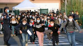 Κορωνοϊός - Γαλλία: Καθησυχαστικά τα στοιχεία για τα κρούσματα στα σχολεία