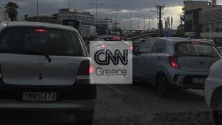 Κίνηση τώρα: Μεγάλο μποτιλιάρισμα στους δρόμους της Αττικής ενόψει του lockdown